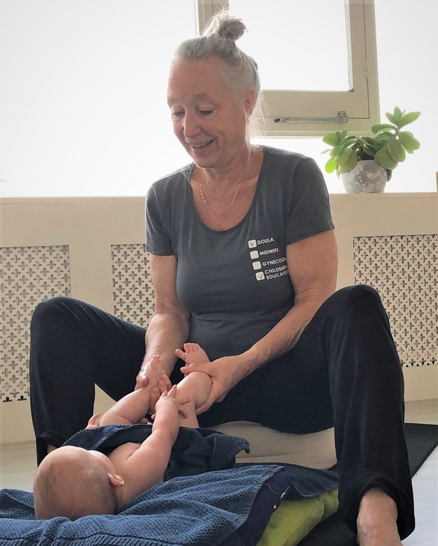 Postnatale cursus - yoga en babymassage